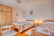 App7 Bedroom