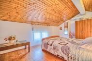 App7 Bedroom2
