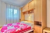 App4 Bedroom